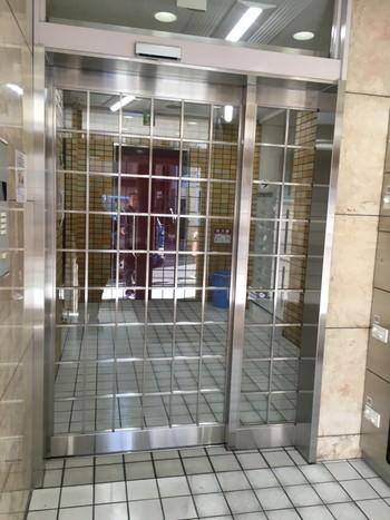 大阪市 マンションエントランス 自動ドア新設 施工後