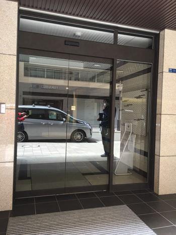 ビル エントランス自動ドア取替工事完了