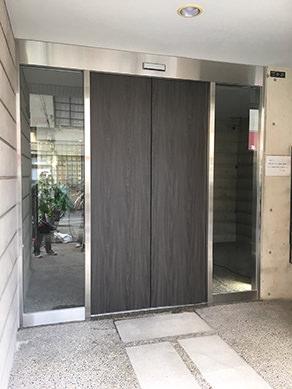 新設 自動ドアフロントサッシ工事東大阪市 某マンション様 自動ドア