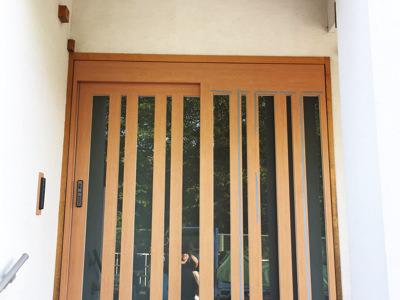 玄関を自動ドアに変更