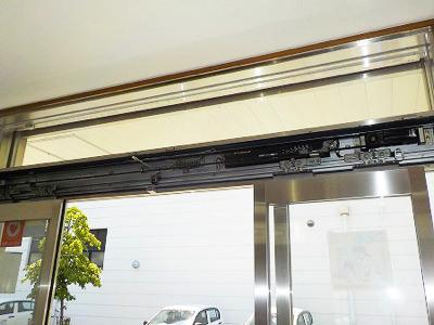 姫路市 薬局自動ドア工事 取替前