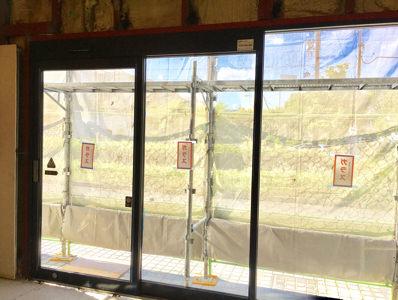 フロントサッシ・自動ドア施工完了
