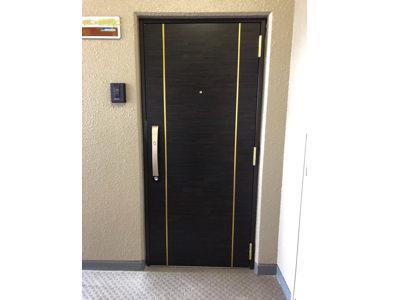 ドア施工後.